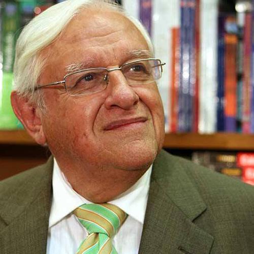 Armando Fuentes Aguirre,